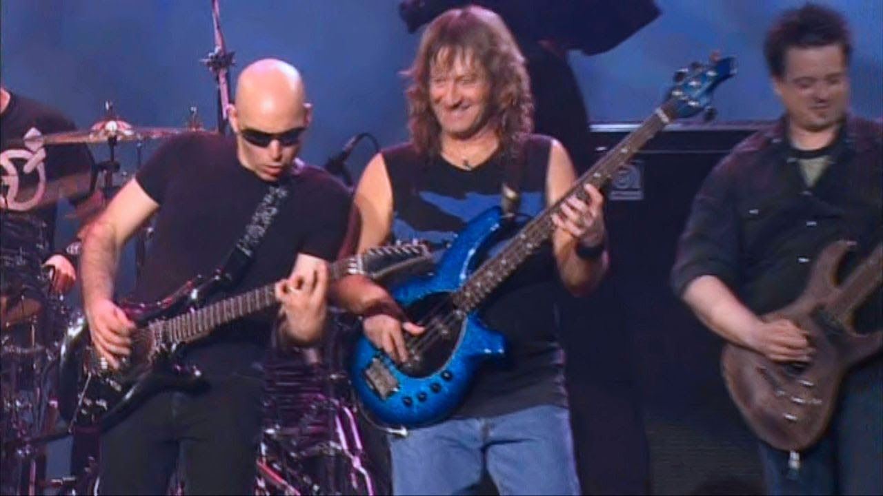 Crowd Chant Live from Joe Satriani