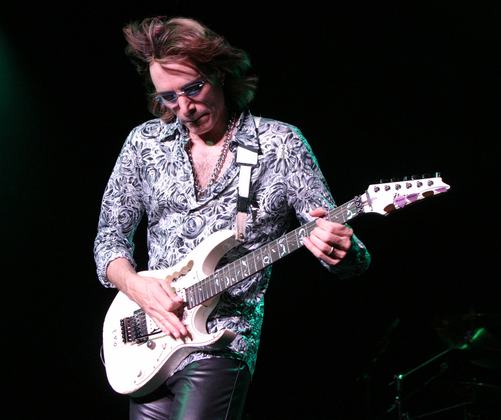 steve vai Steve vai 24m likes steve vai's highly anticipated, new full-length solo album release modern primitive is now available.